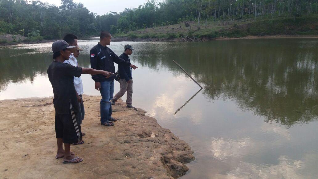 LAMPUNG POST | Berenang di Bendungan, Adi Saputra Tewas Tenggelam