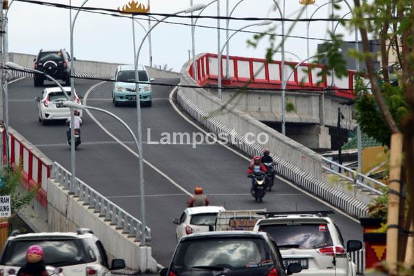 LAMPUNG POST | Pemkot Berencana Bangun Flyover di Tamin 2018