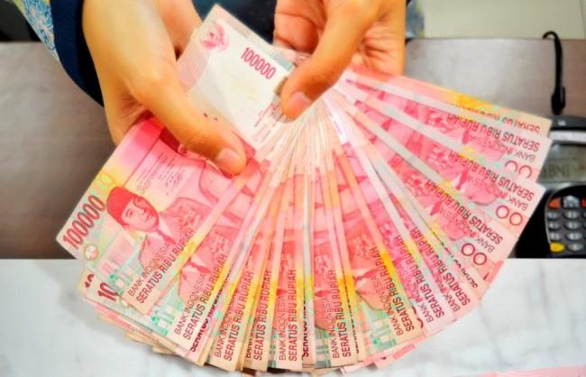 Rupiah Hari Ini Diprediksi Bergerak di Rp13.745-Rp13.762/USD