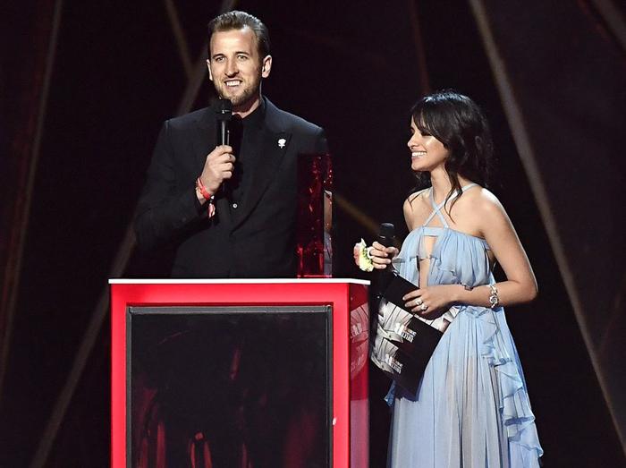LAMPUNG POST | Harry Kane Disindir Pembawa Acara di Ajang Penghargaan Musik