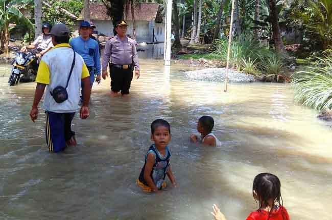 Banjir di Bandaragung Lamsel kian Parah