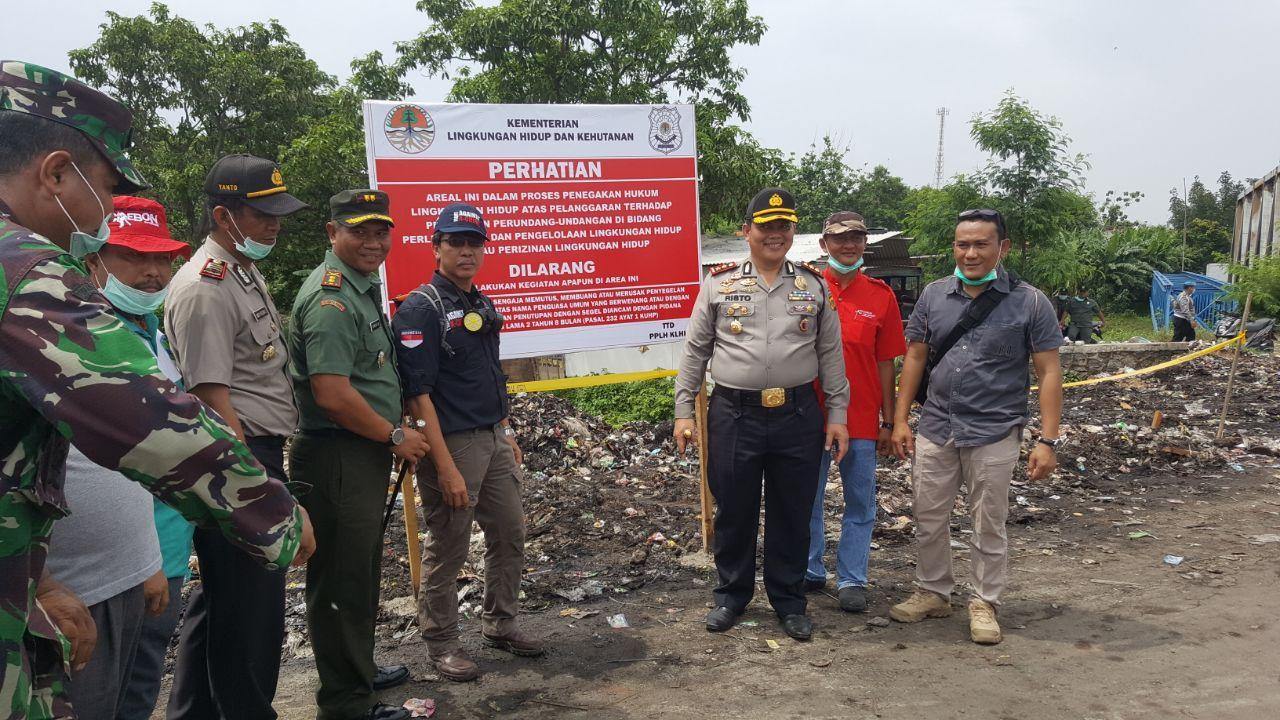 LAMPUNG POST | KLHK Tangani Limbah Bahan Beracun Berbahaya di Cirebon
