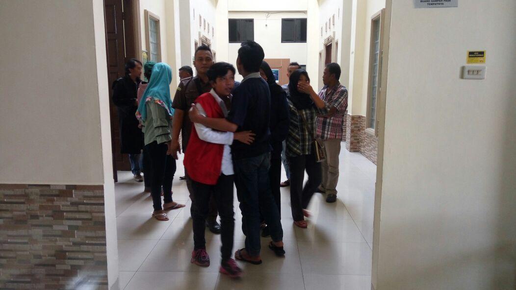 Cabuli Remaja Sesama Jenis, Wanita Ini Dijerat Pidana 8 Tahun