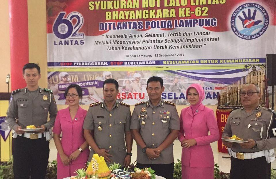LAMPUNG POST | Ditlantas Polda Lampung Syukuran HUT ke-62 Lalu Lintas Bhayangkara