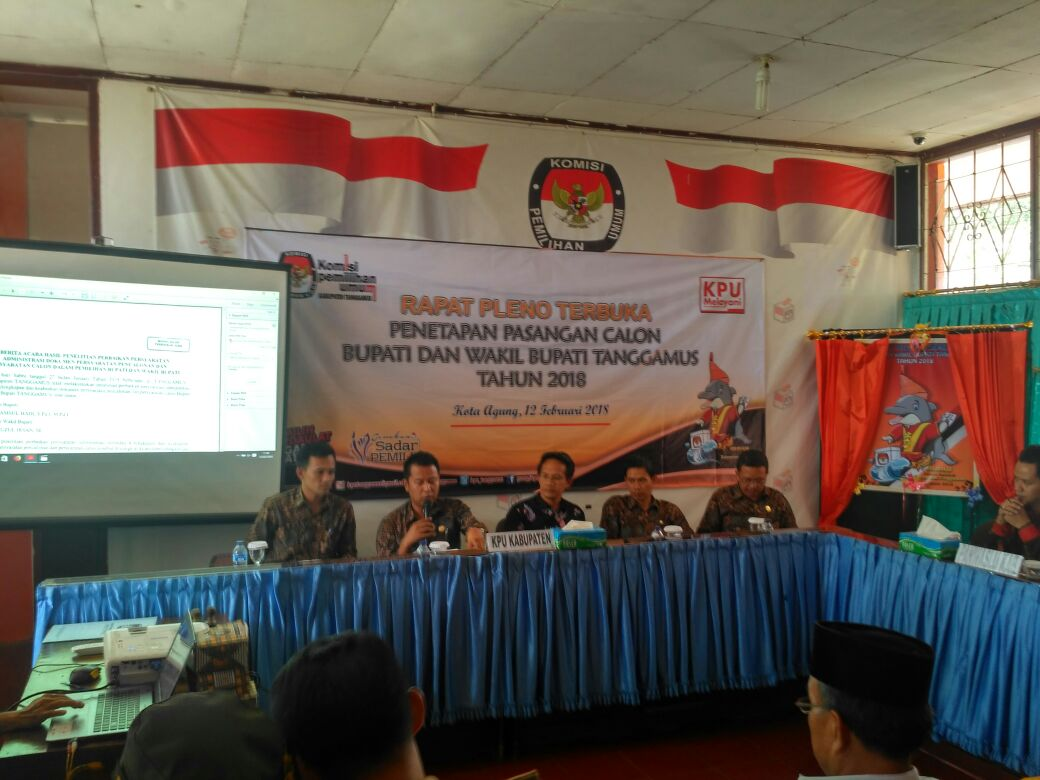 KPU Tanggamus Tetapkan Dua Paslon Peserta Pemilu 2018