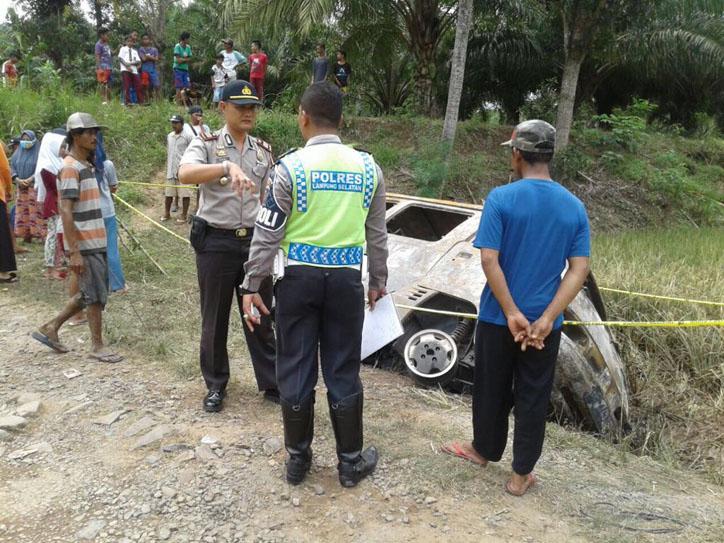 Polisi Belum Menyimpulkan Penyebab Mobil Terbakar