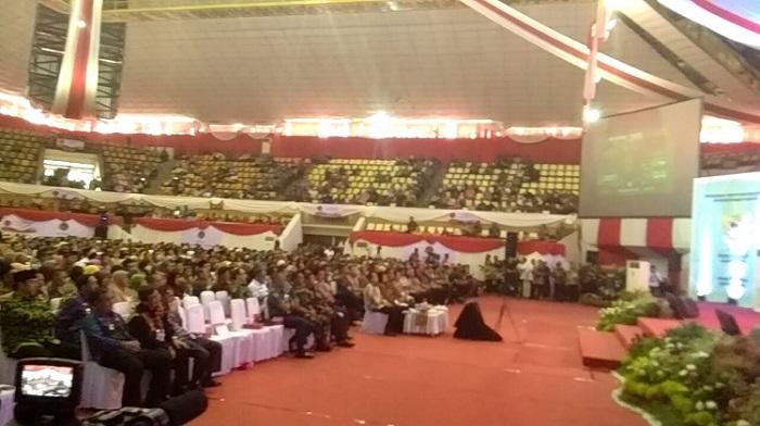 Jokowi Serahkan 3.000 Sertifikat Tanah di Lampung