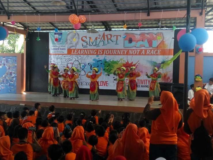 LAMPUNG POST | Smart Day Global Islamic School Berlangsung Meriah