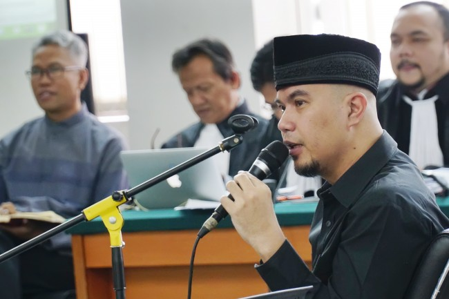 LAMPUNG POST | Polisi Segera Putuskan Nasib Kasus Ahmad Dhani