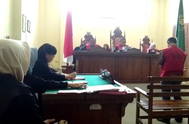 LAMPUNG POST | Lolos Penjara Seumur Hidup, Bandar 266 Kg Ganja Divonis 17 Tahun