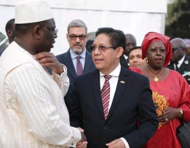 LAMPUNG POST | Senegal Kembali Beli Pesawat CN-235 Buatan Indonesia