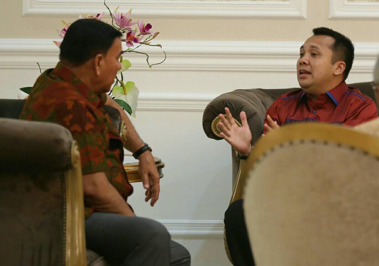 LAMPUNG POST   Sjachroedin dan Ridho Lakukan Pertemuan di Mahan Agung