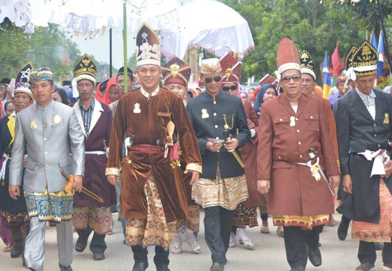 LAMPUNG POST   9 Marga Penyimbang Adat Lampung Tengah Dukung Mustafa Maju Pilgub