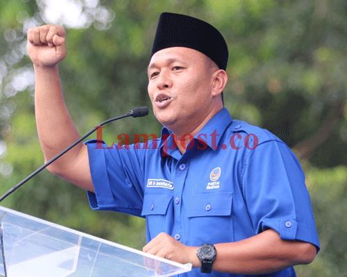 LAMPUNG POST | Mustafa Lantik Pengurus DPD Tanggamus