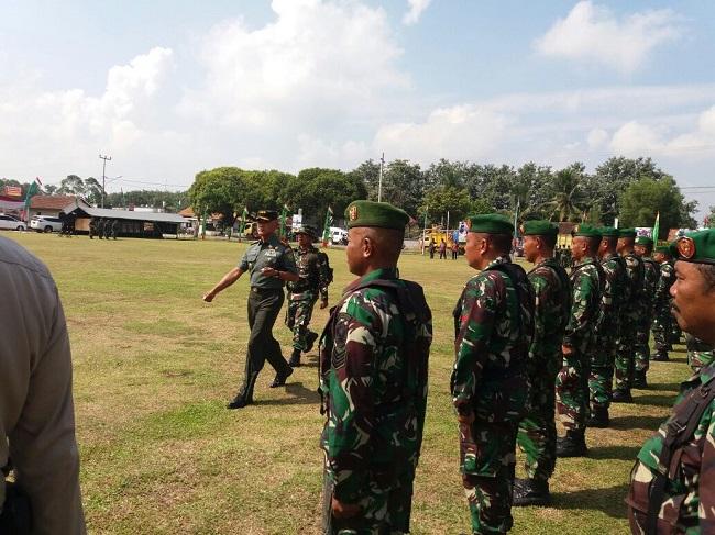 TMMD Karangendah Ditutup, Danrem Periksa Pasukan