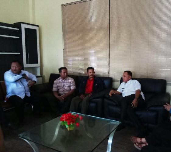 Gagal Jadi Calon Kades, Warga Desa Karanganyar Ini Mengadu ke Plt Bupati Lamsel