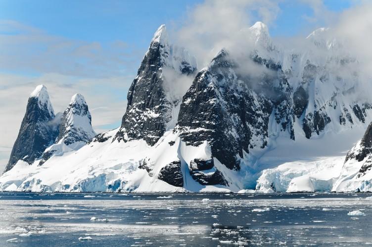 Gletser di Alpen Cair pada 2100