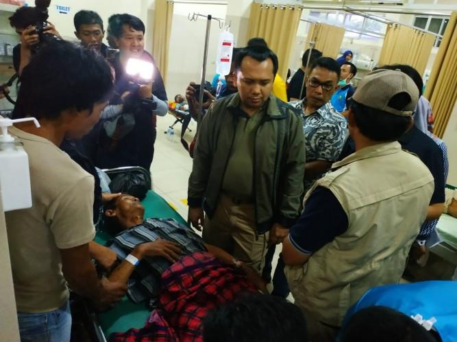 Gubernur Ridho Tinjau Korban Tsunami di RSUD Bob Bazar Kalianda