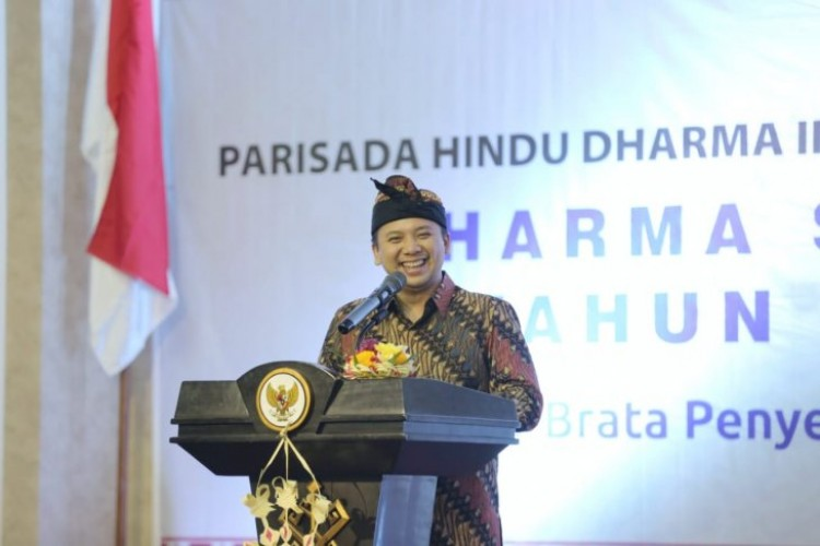Hadiri Dharma Santi Nyepi, Gubernur Jalin Kerja Sama Pariwisata dengan Bali