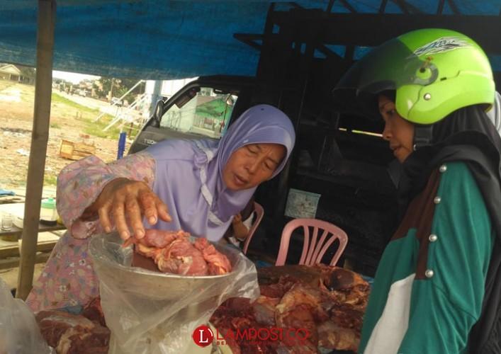 Harga Daging Terpantau Rp120 Ribu Per Kg di Pasar Pulungkencana