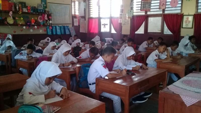 Hari Pertama Langsung Laksanakan Kegiatan Belajar-Mengajar
