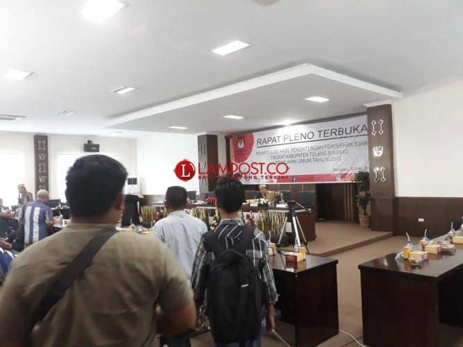 Hasil Rekapitulasi KPU, Jokowi-Ma'ruf Unggul Sementara di 10 Kecamatan Tulangbawang