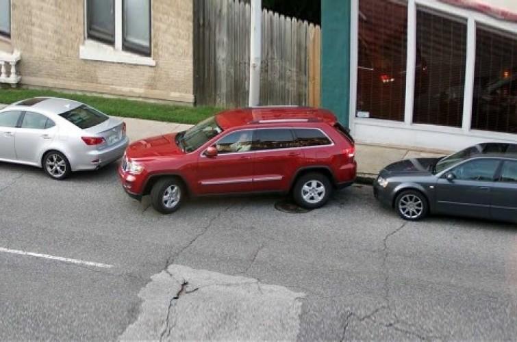 Ini Cara Parkir Paralel Mobil Transmisi Otomatis