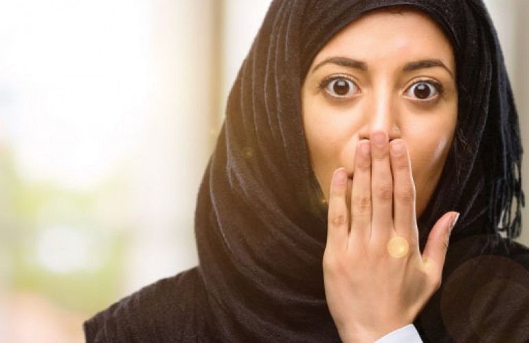 Ini Dia Penyebab Bau Mulut dan Bibir Kering Saat Berpuasa