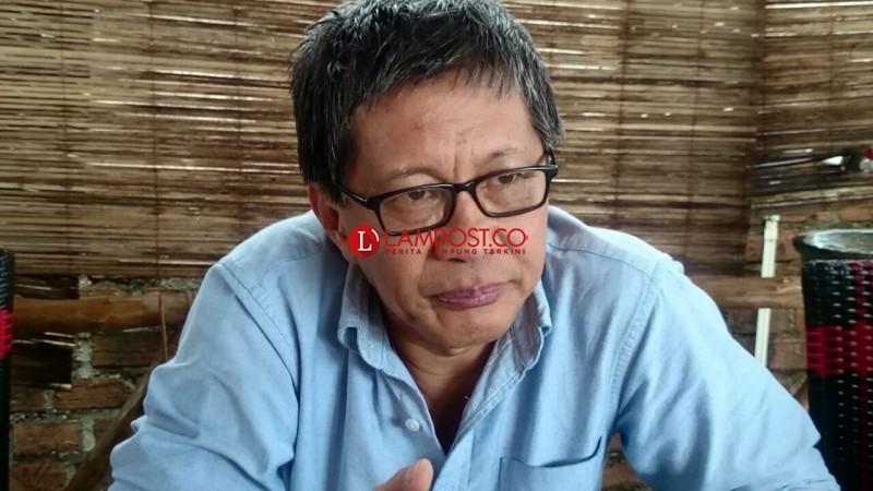 Ini Pesan Rocky Gerung untuk Mahasiswa Lampung