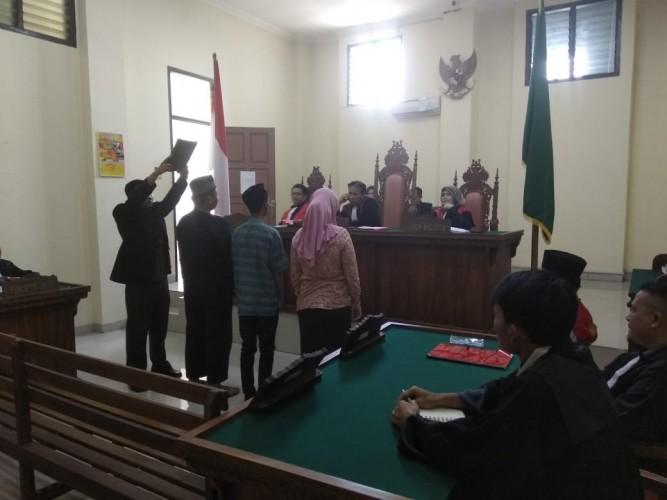 Jaksa Kejari Bandar Lampung Duduk di Kursi Pesakitan