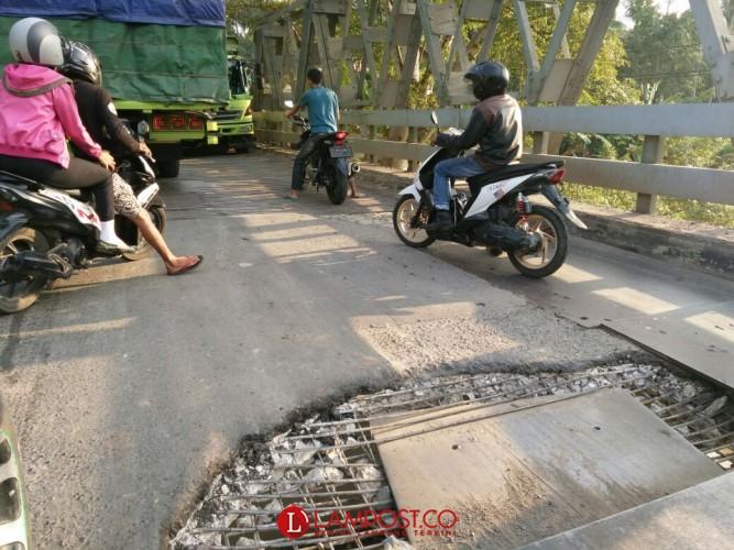 Jembatan Way Umpu Jebol Lagi, Masyarakat Kembali Geram dengan Mobil Angkutan Batubara