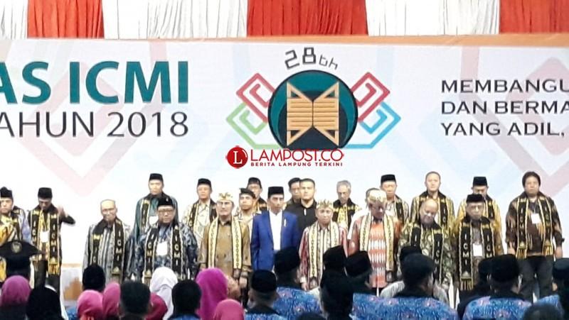 Jokowi Buka Silaknas ICMI di Mahligai Convention Centre