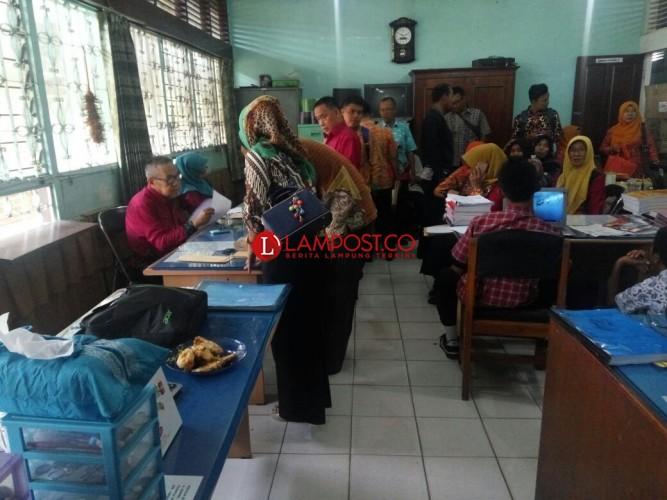 Jumlah Guru Honor SD dan SMP Negeri di Bandar Lampung 1.768