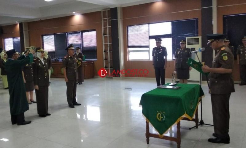 Kajati Pimpin Sertijab Kajari Bandar Lampung dan Kalianda