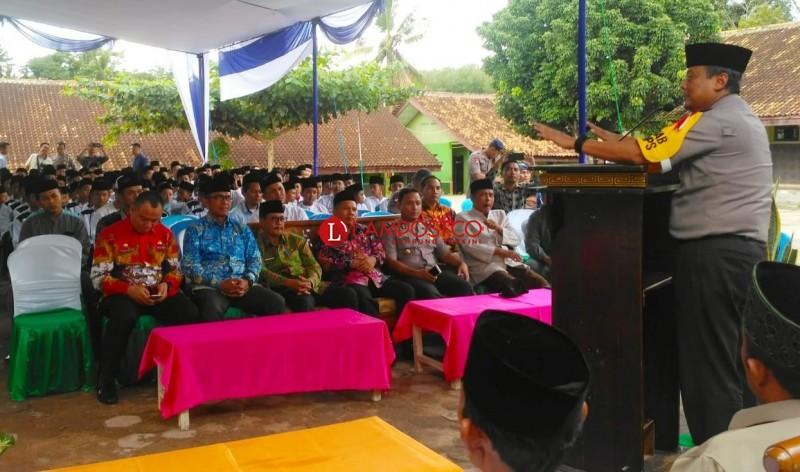 Kapolda Lampung-Bupati Tubaba Beri Motivasi Santri Al Furqon Perangi Terorisme