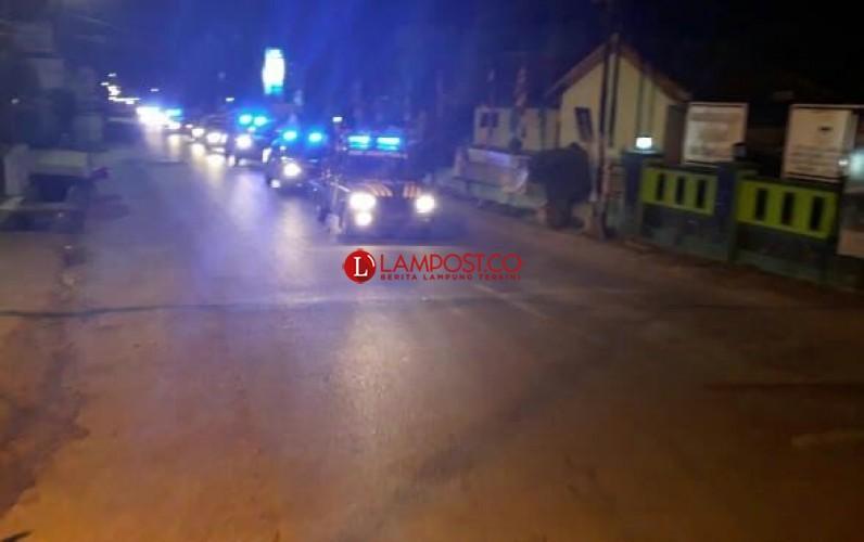 Kapolres Tanggamus Pimpin Patroli Gabungan Jelang Sahur di Pringsewu