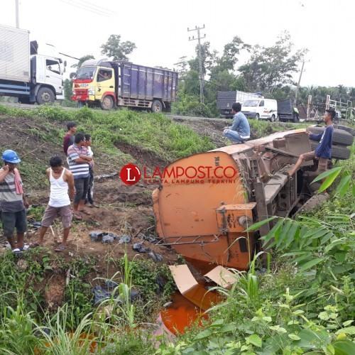 Kecelakaan Kembali Terjadi di Tanjakan Cakatraya