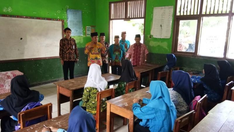 Kelompok Kerja Madrasah Lamsel Gelar Kompetisi Sains
