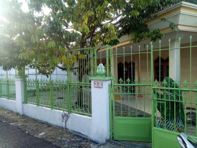 Keluarga Andi Arief Bantah Rumahnya Didatangi Polisi