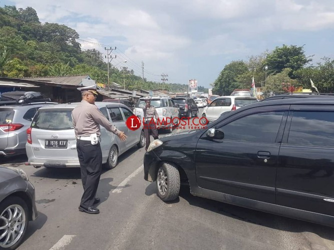 Kendaraan Padat, Simpang Baruna Dilakukan Sistem Buka Tutup