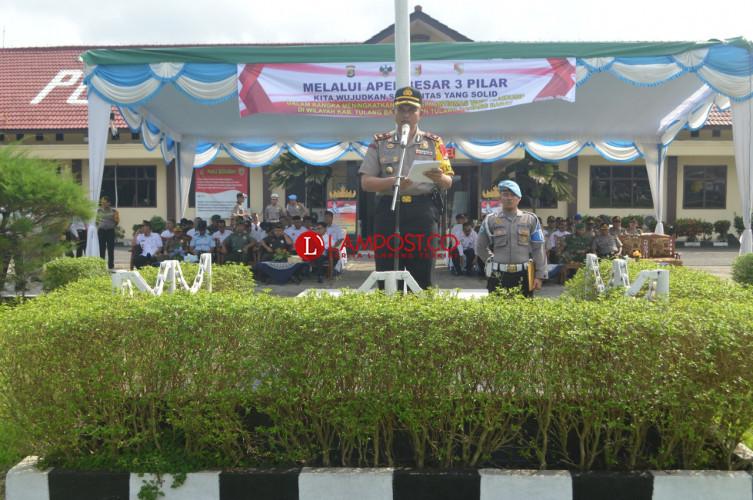 Kepala Desa Tubaba dan Tuba Apel Besar Bareng Polisi