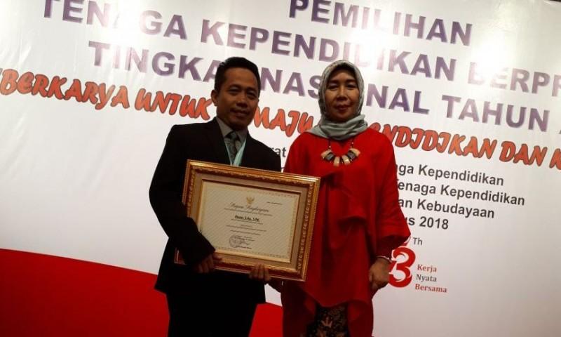 Kepala SD Muhammadiyah Metro Juara III Kepsek Tingkat Nasional 2018