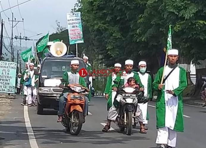Khilafatul Muslimin Gelar Kirab dan Kotbah Keliling Sambut Tahun Baru Islam
