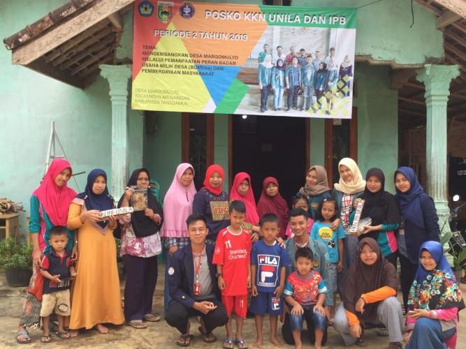 KKN Bilateral, Unila-IPB Dirikan Rumah Baca di Tanggamus