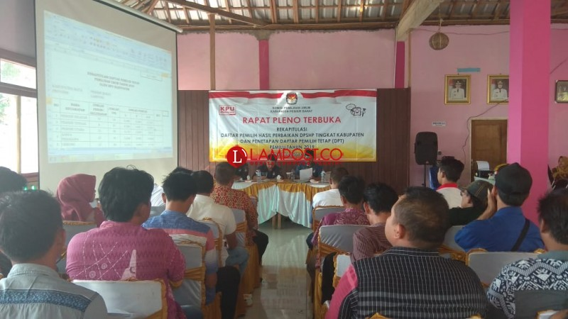 KPU Pesisir Barat Plenokan Rekapitulasi Perbaikan DPSHP
