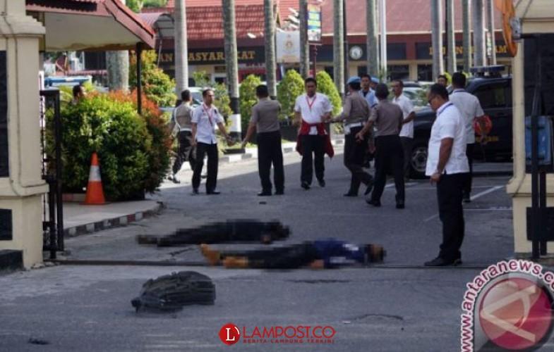 Kronologi Penyerangan di Mapolda Riau