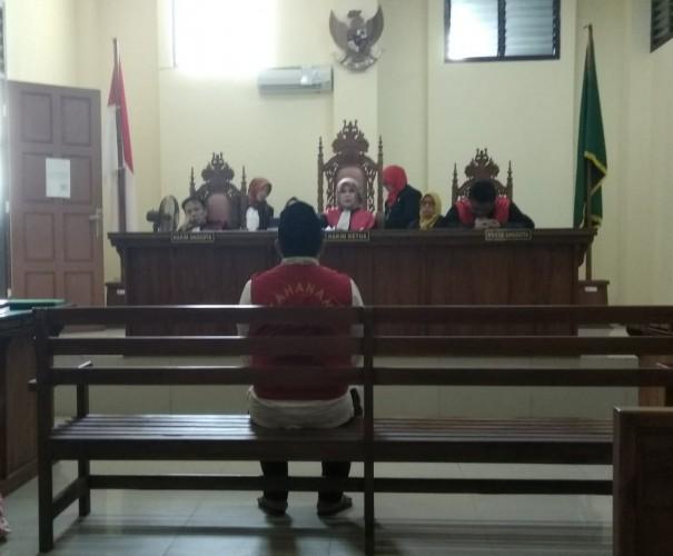 Kurir Ekstasi Dituntut Penjara 13 Tahun
