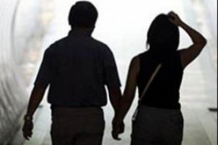 Larikan Gadis, Pemuda Ini Digelandang ke Kantor Polisi