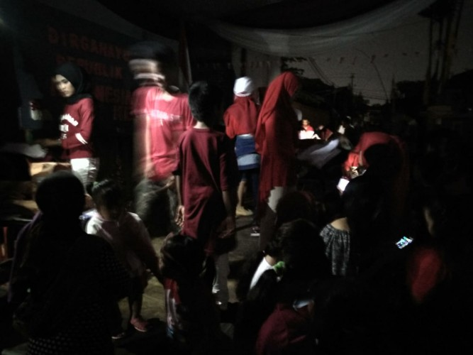 Listrik Padam, Warga Jagabaya 2 Bandar Antusias Rayakan HUT Ke-73 RI