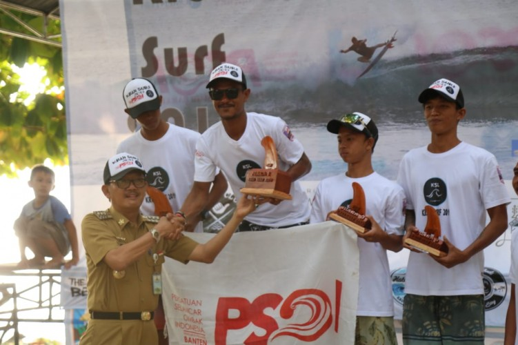 Lomba Surfing Krui Surf 2019 Sukses Terlaksana